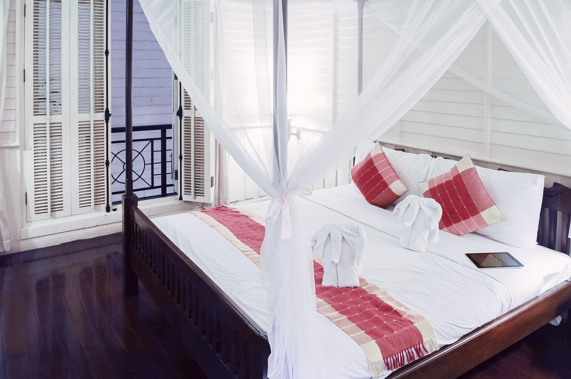 Остекление балкона или лоджии и особенности согласования